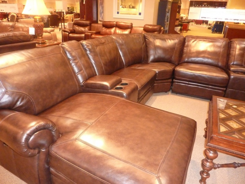 Buying Leather Furniture - Whats Ur Home Story