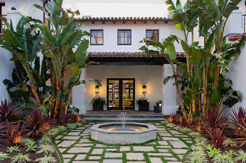 Long Distance Decor Courtyards Whats Ur Home Story