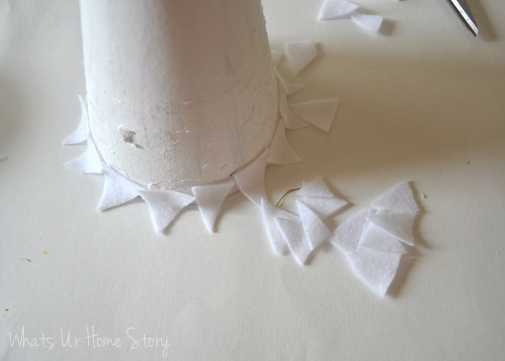 Winter felt tree, diy paper cone trees tutorial